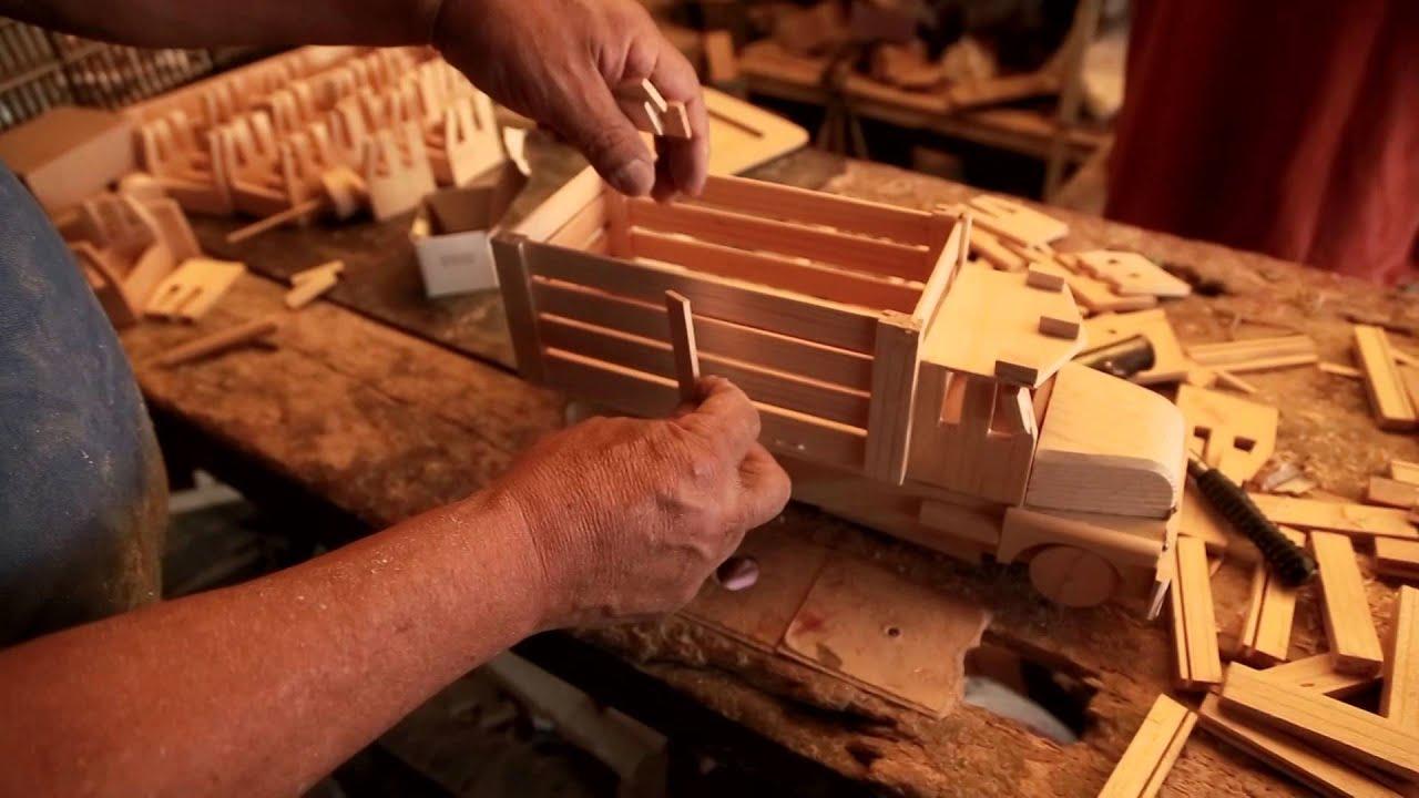 Camioncito juguetes de madera mexicanos san antonio la - Muebles de juguete en madera ...