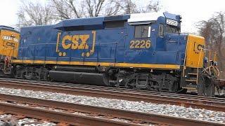 CSX Q415-26 With New ET44AH & Old GP30 Road Slug