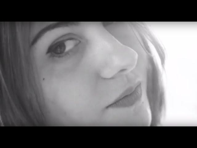 Miriam (Norah Jones) -  Lucia Scansetti