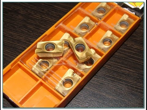 Фреза режущий инструмент, использующийся во фрезерах для обработки изделий из древесины. В зависимости от типа, фрезы могут использоваться для выполнения пазов, уступов, кромок, профилей, канавоки и т. П.