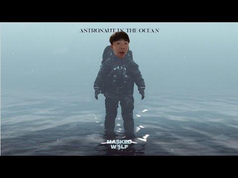 ASIAN ASTRONAUT IN THE OCEAN #shorts
