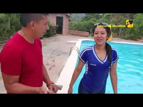 Chica salio experta para nadar - Ediciones Mendoza
