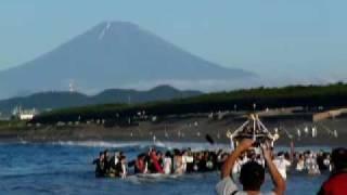 茅ヶ崎浜降祭~ 茅ヶ崎に夏の到来を告げる、暁の祭典「浜降祭」 夜明け...