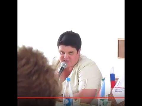 23.08.17.Встреча в ДК. Чиновники Суворова: в Суворове не нужны безопасные дороги
