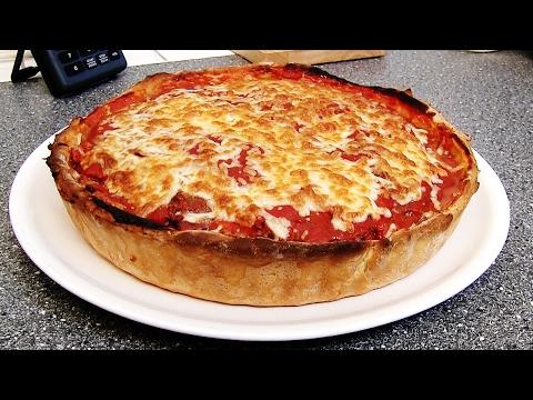 Rezept: Deep Dish Chicago Style Burger Pizza - schnell und einfach selber machen!