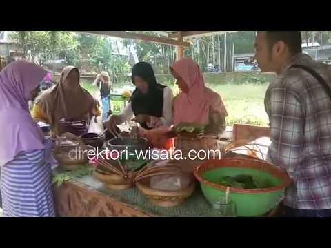 menikmati-kuliner-tradisional-di-pasar-desa-wisata-kakilangit-mangunan-yogyakarta