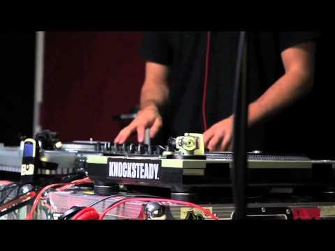 DJ ZO VS DRUMMER