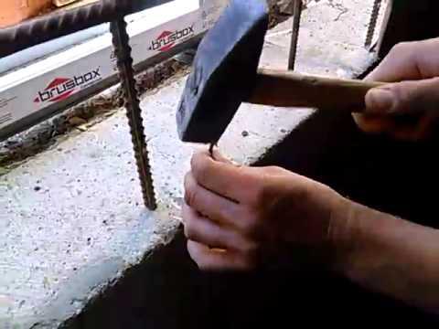 0 - Як забити цвях в бетонну стіну?