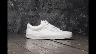 HOW TO CLEAN ANY WHITE SHOES (VANS, NIKE, CONVERSE) (WORKS EVERYTIME)