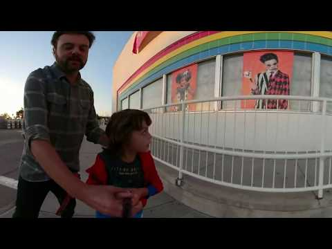 Spirit Of Halloween 360 VIDEO VR At Toy R Us