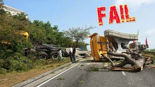 World Dangerous Extreme Heavy Equipment Trucks Crash - Excavator Fail