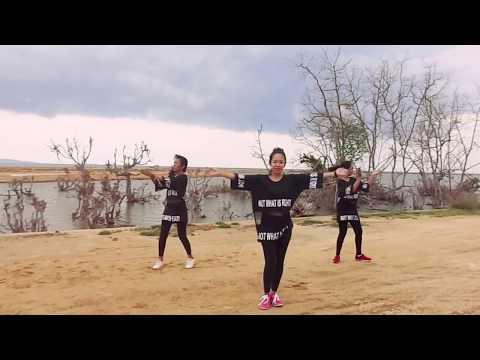 MARENDENG MARAMPA KOLABORASI DANCE ( Olin/Yana/Yani)