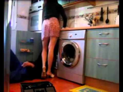 Mutfakta başlayan gizli çekim sikiş  Sex Video