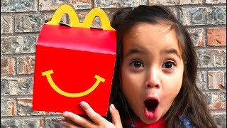 Magic McDonald's Happy Meal! Turns into real chocolate Cheeseburger and Coke