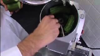 Огурцы шинковка 6 мм(Большой выбор промышленного оборудования для собственного производства на сайте http://mastertechnologiy.ru., 2013-01-10T07:32:10.000Z)