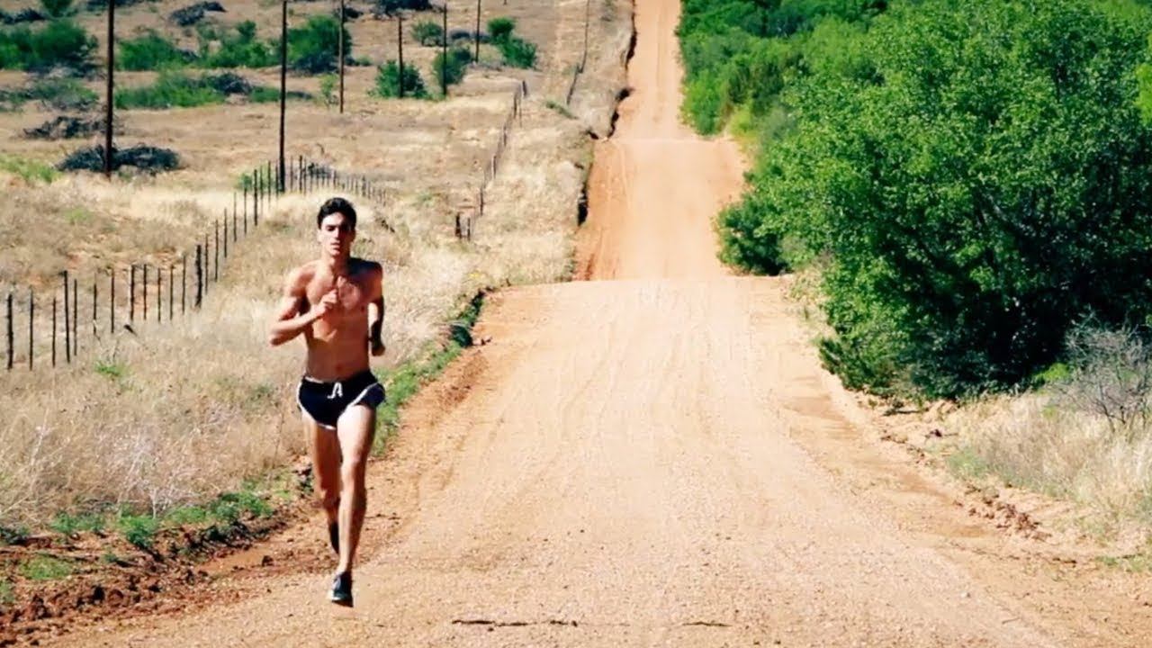 Small Town Texas Runner Becomes Hero After State Championship