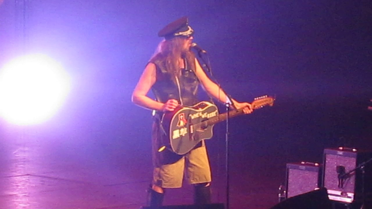 julian-cope-cunts-can-fuck-off-at-the-roundhouse-4th-february-2017-matty-mabey