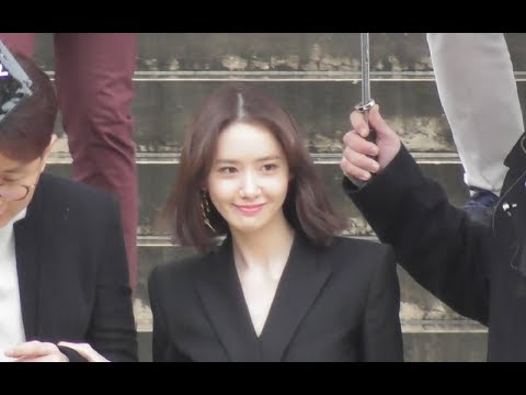 VIDEO YoonA 윤아 SNSD attends the Givenchy show @ Paris 4 march 2018 Fashion Week / mars