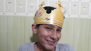 ASMR: Atendente do Burger king ROLEPLAY (Fala baixa, papel, copos, Tapping, sons com a boca)