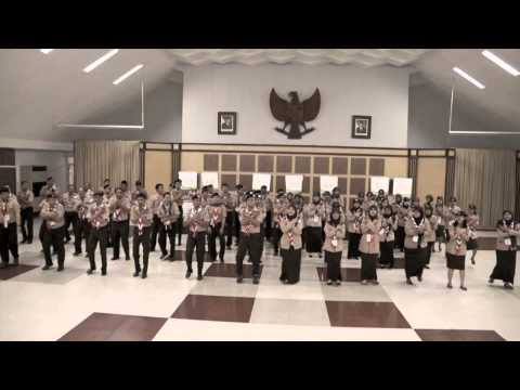 We Are Scouts - We Are Messengers Of Peace. MoP Indo Dance..