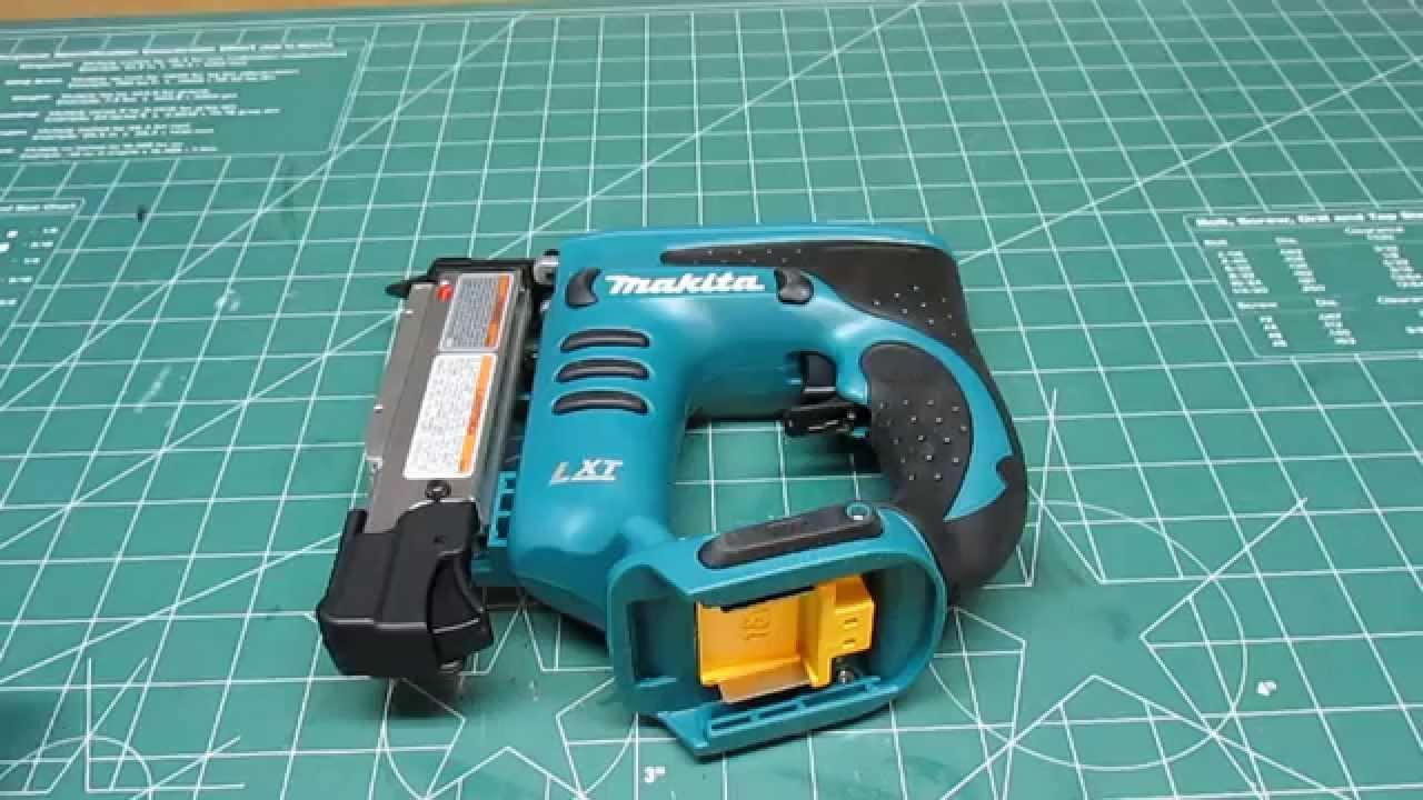 Gas Gauge Not Working >> Makita 23-Gauge Cordless Pin Nailer XTP01Z Review - YouTube