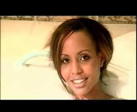 BUSHOKE FT K-LYNN - NALIA KWA FURAHA: Could y'all plz stop commenting dumb stuff like were she's from, got y'all opinion by now i get it!.. just enjoy da vid, n stop hatin!  Bushoke ft Jacqueline Ntuyabaliwe Better known as : K-Lynn!!