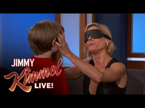 Thumbnail: Can Julie Bowen Identify Her Kids By Feeling Their Faces?