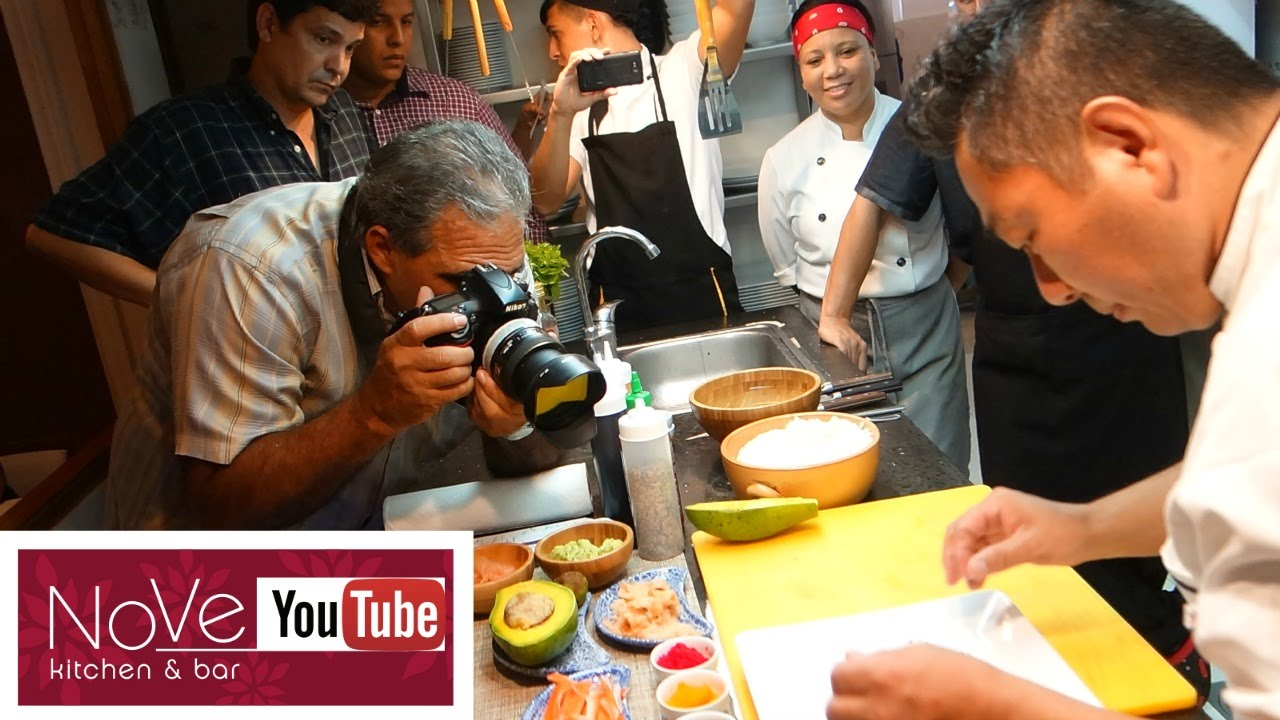 Hm7 sushi demonstration youtube for Nove kitchen and bar