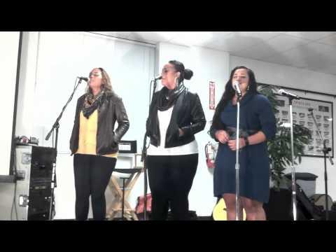 The Anoaʻi Sisters