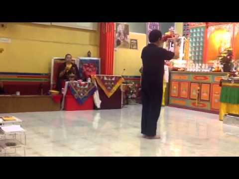 Tsog offering by Dupsing Rinpoche