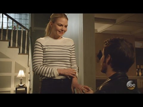 Once Upon A Time 6x13 Hook Proposes to Emma - Kiss -Emma Swan will you marry me? Season 6 Episode 13