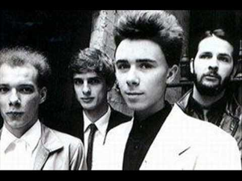 Josef K - Heaven Sent music