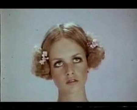 Twiggy modelling and dancing!
