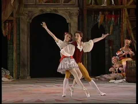 Coppelia- Duet from Act I (Kirov / Mariinsky Ballet:Irina Shapchits & Mikhail Zavialov)