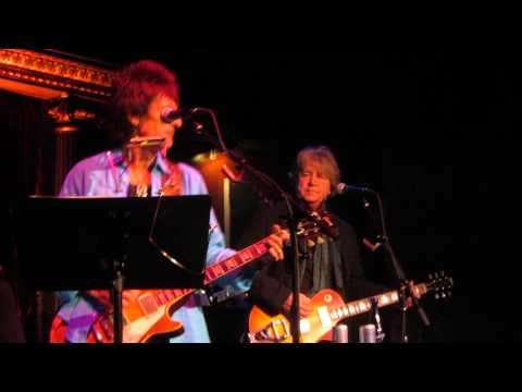 Ron Wood & Mick Taylor. Baby What You Want Me To Do. 11/9/13. The Cutting Room
