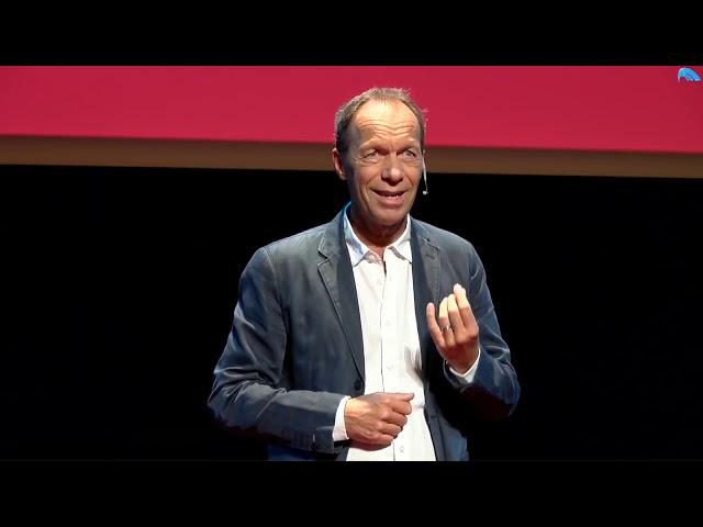 Mettre notre argent au service de l'amour | TEDxLaRochelle
