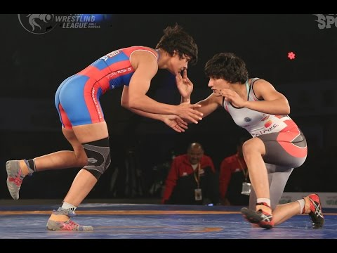 PWL 2017: Babita Kumari VS Sangeeta Phogat 15th Jan | UP Dangal Vs Colors Delhi Sultans