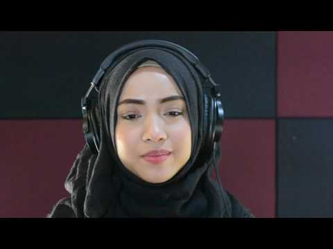 Amira Aman - Smooth Operator [Sade Cover]