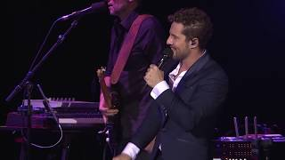 "David Bisbal y Alfred ""Si pero no"" vídeo oficial tour 2018"