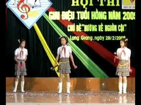 Tường TH Tân Thịnh thi Giai Điệu Tuổi hồng năm 2008-2009.swf