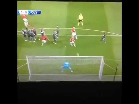 Manchester United 3-0 Olympiacos | GOL: van Persie (52')