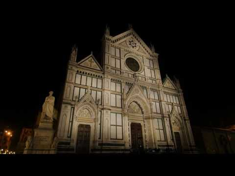 Dynamic white light for the Santa Croce facade