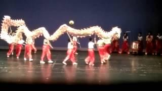 2015年元朗官立小學畢業典禮...秉秉舞龍表演...舞龍頭