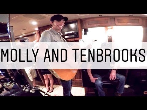 Mo Pitney - Molly And Tenbrooks - Tour Bus Sessions