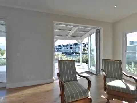 3 bedroom house for sale in Thesen Island - Private Property