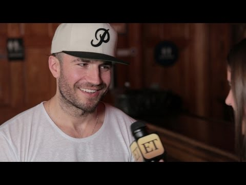 How Sam Hunt Found Success By Bucking the Bro Country Trend: Behind the Hit