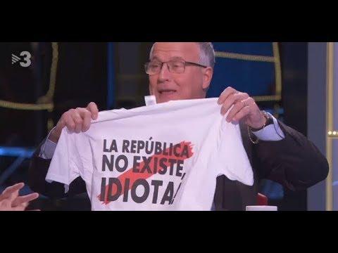 Camiseta de 'La República no existe, idiota' en TV3.