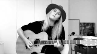 Let It Go - James Bay (Cover by Lilly Ahlberg)