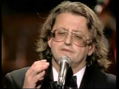 Александр Градский - ЖИВьЁМ в «России» 2 1999 (480p)