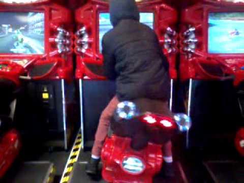 Stupid mate on arcade game
